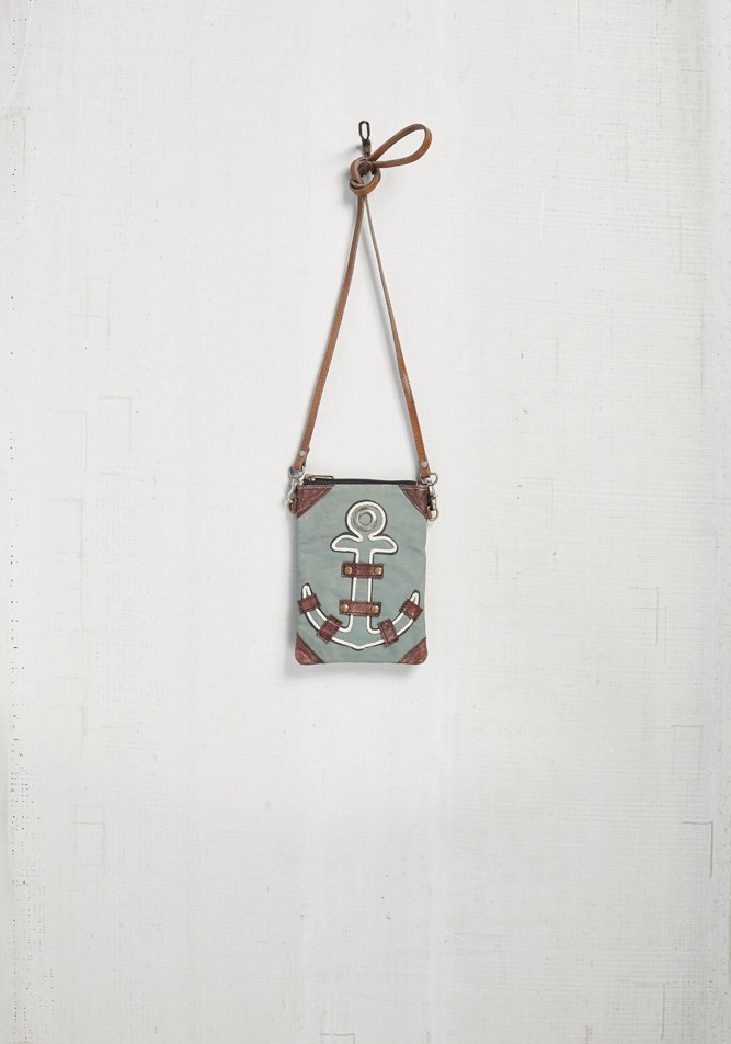 anchored crossbody